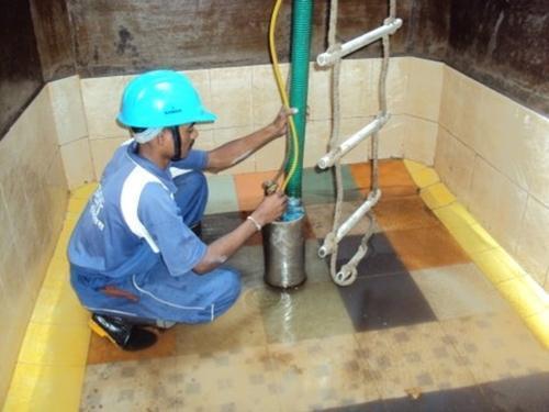 dịch vụ thau rửa bể nước